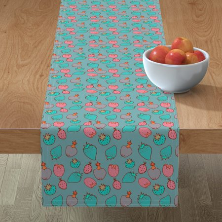 Image of Table Runner Vintage Pattern Strawberry Pattern Fruit Pattern Food Cotton Sateen