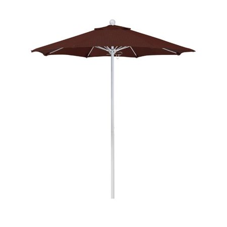 California Umbrella 7.5' Market Umbrella ()