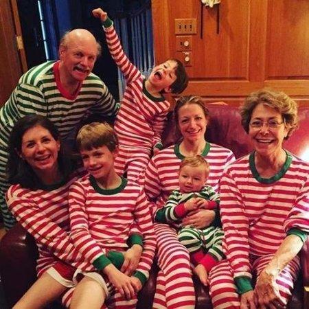 Fancy Kids Wear (XMAS Family Matching Women Kids Sleepwear Nightwear Pajamas Set)