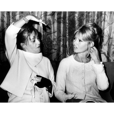 French Actresses Jean Moreau And Brigitte Bardot Chat As They Wait For A Flight To Paris They Are Returning From Mexico Where They Costarred In The Louis Malle Film History