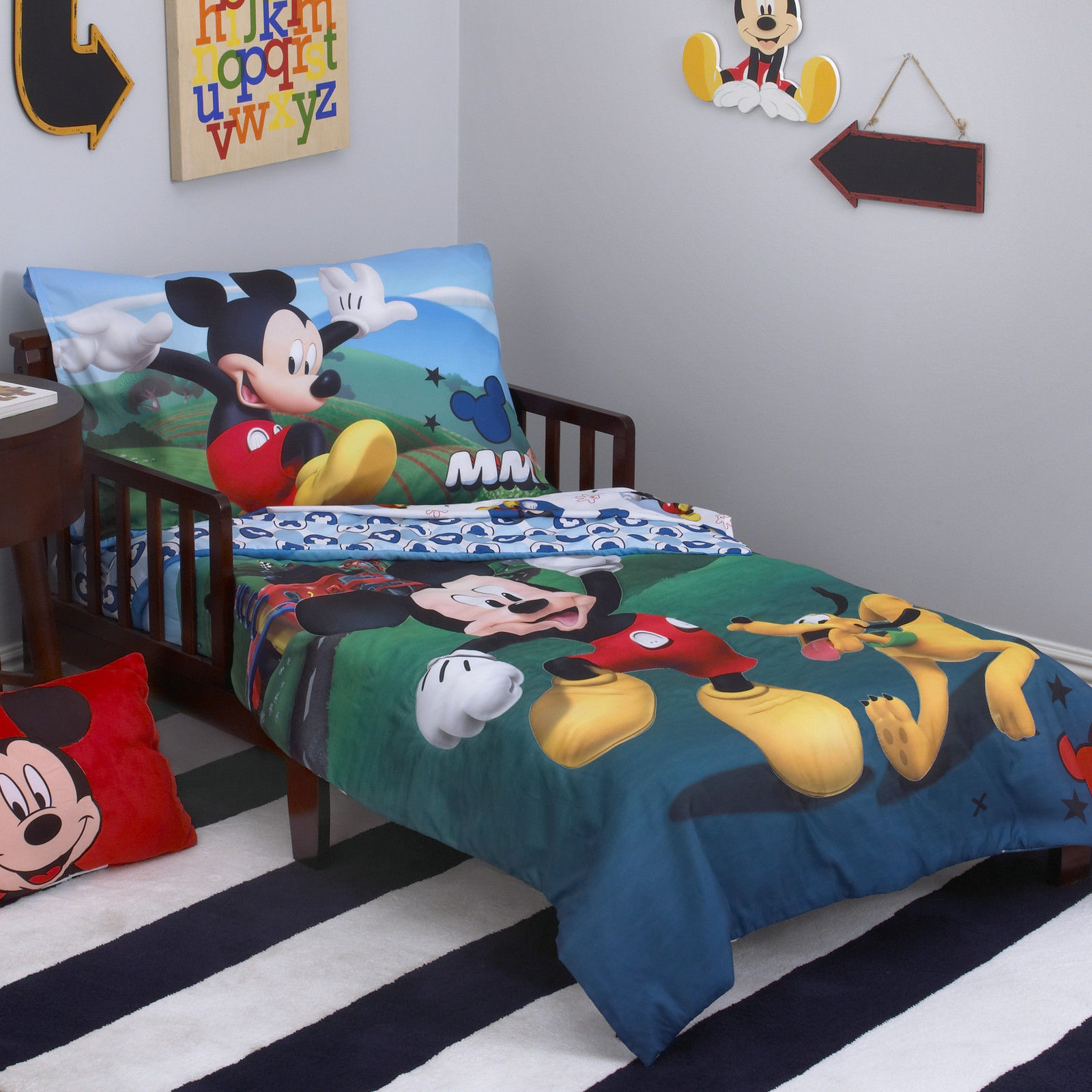 Mickey Mouse Clubhouse Crib / Toddler Comforter & Sheet Set (4 Piece Bedding)