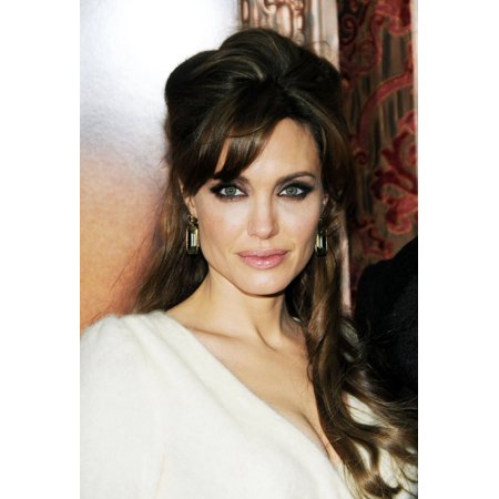 Angelina Jolie At Arrivals For The Tourist Premiere The Ziegfeld Theatre New York Ny December 6 2010 Photo By Desiree Navarroeverett Collection Photo Print