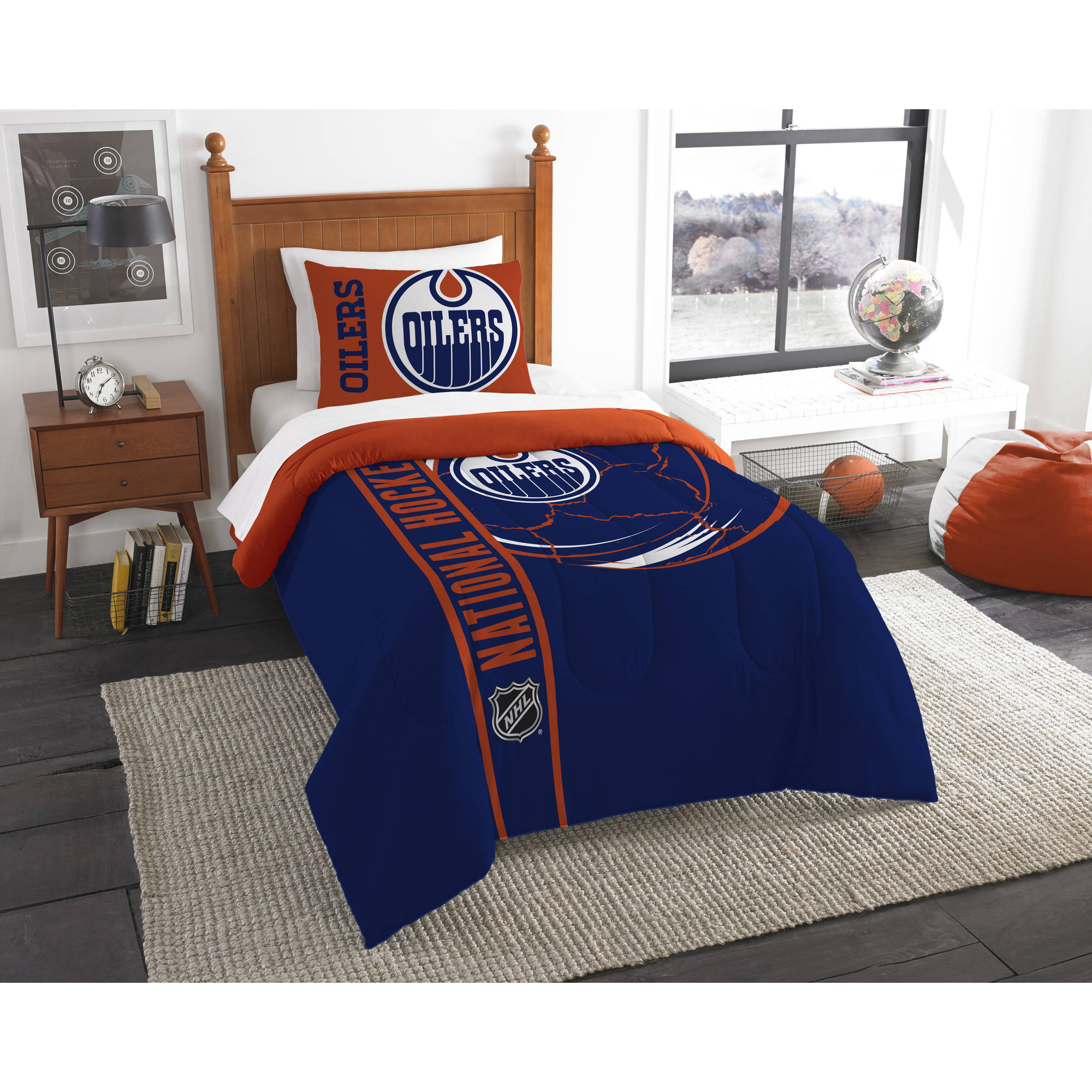 NHL Edmonton Oilers Printed Twin Comforter and Sham Set