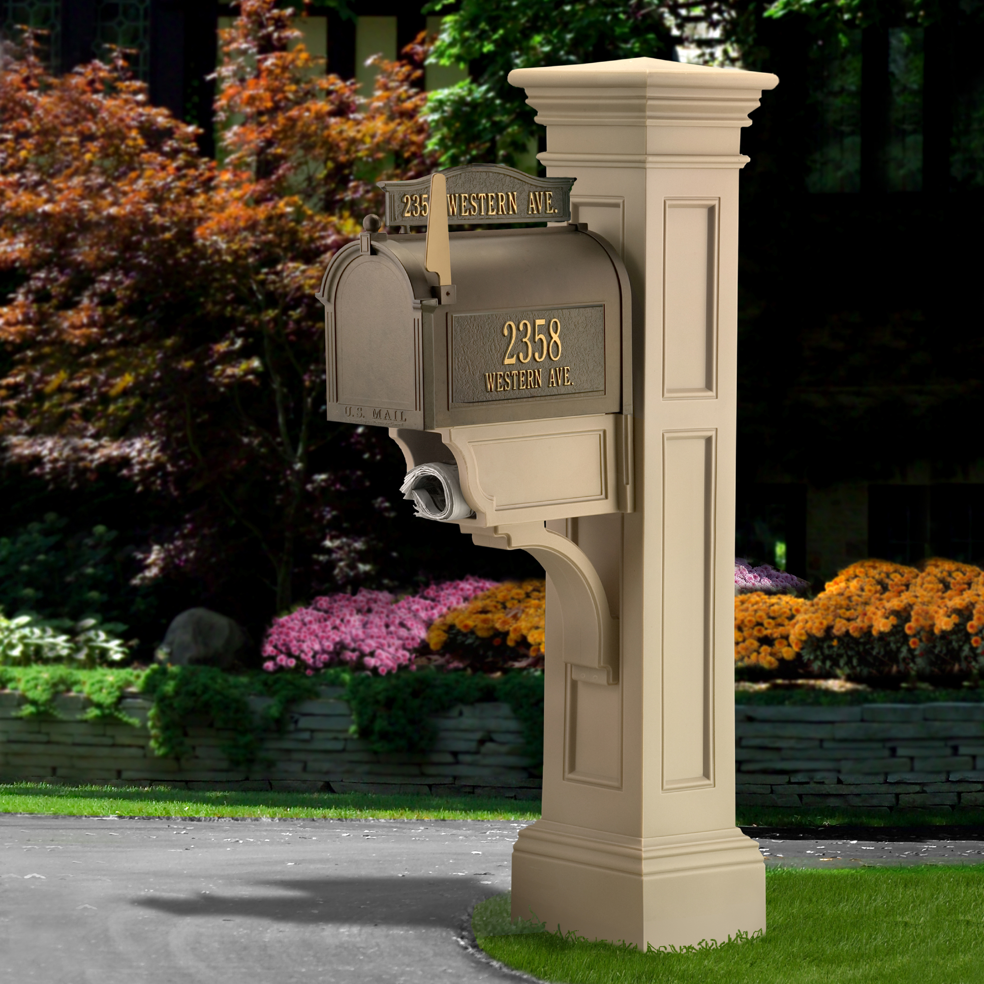 Liberty Mail Post - Clay