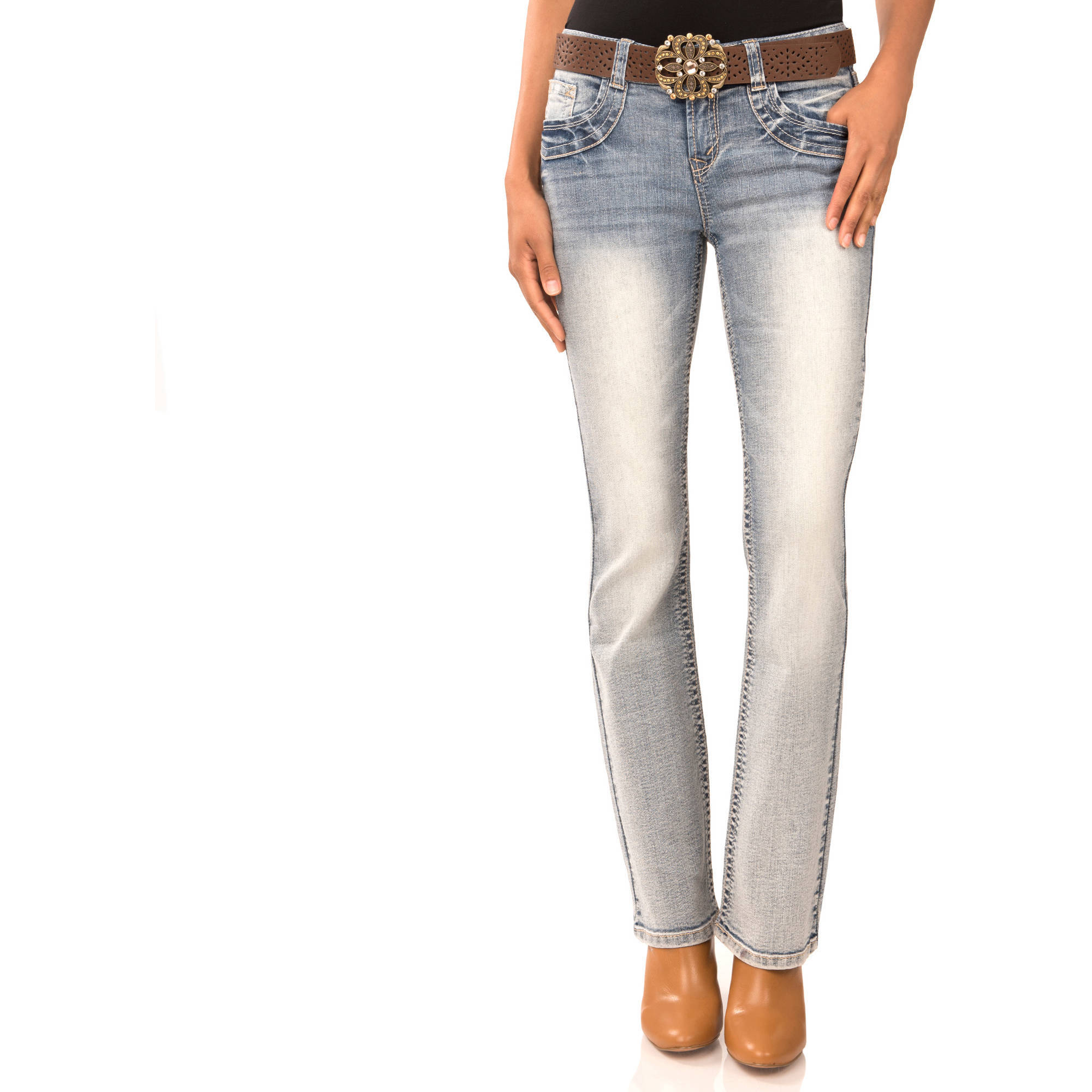 No Boundaries Juniors' Belted Curvy Bootcut Jeans