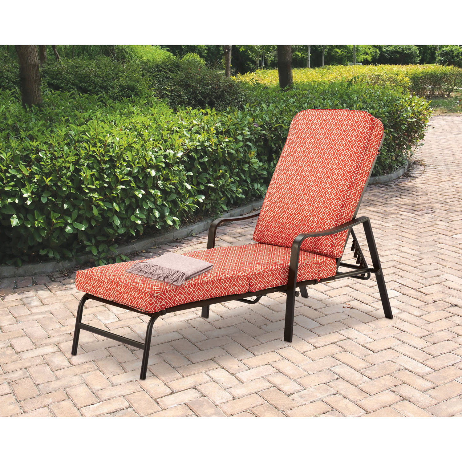 Mainstays Outdoor Chaise Lounge, Orange Geo Pattern