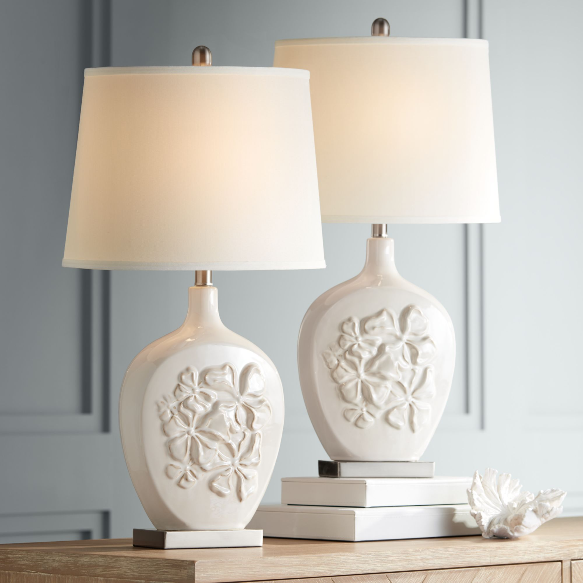 Picture of: Regency Hill Country Cottage Table Lamps Set Of 2 Ceramic Ivory White Oval Shade For Living Room Family Bedroom Bedside Nightstand Walmart Com Walmart Com