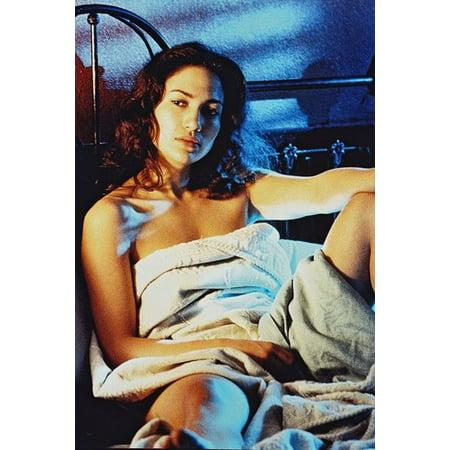 Jennifer Lopez - naked in bed | Celebs Dungeon BDSM