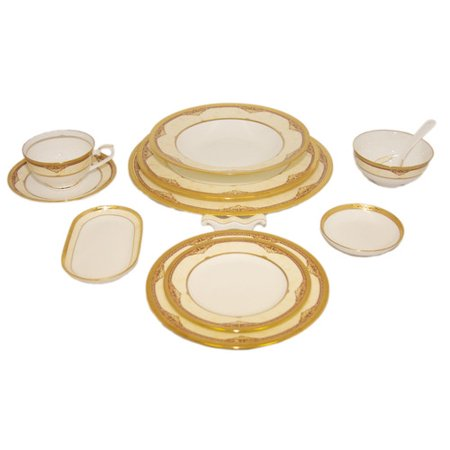 Auratic Inc  Chinese East Meets West Bone China 12 Piece Dinnerware Set  Service For 1