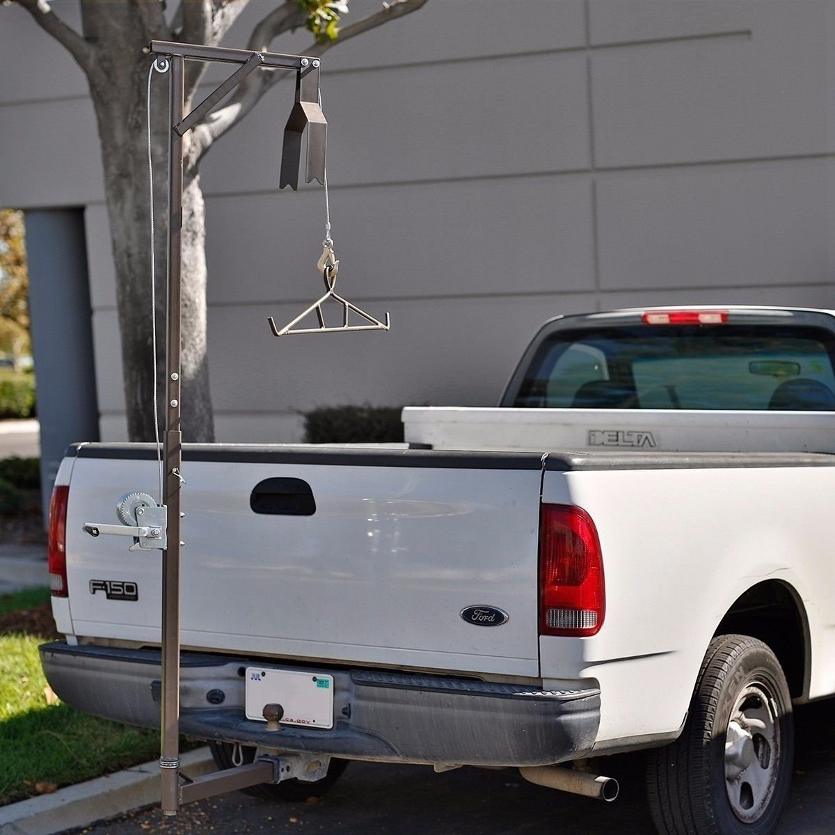 New MTN-G Hitch Mounted 400LB Big Game Hunting Deer Hoist...
