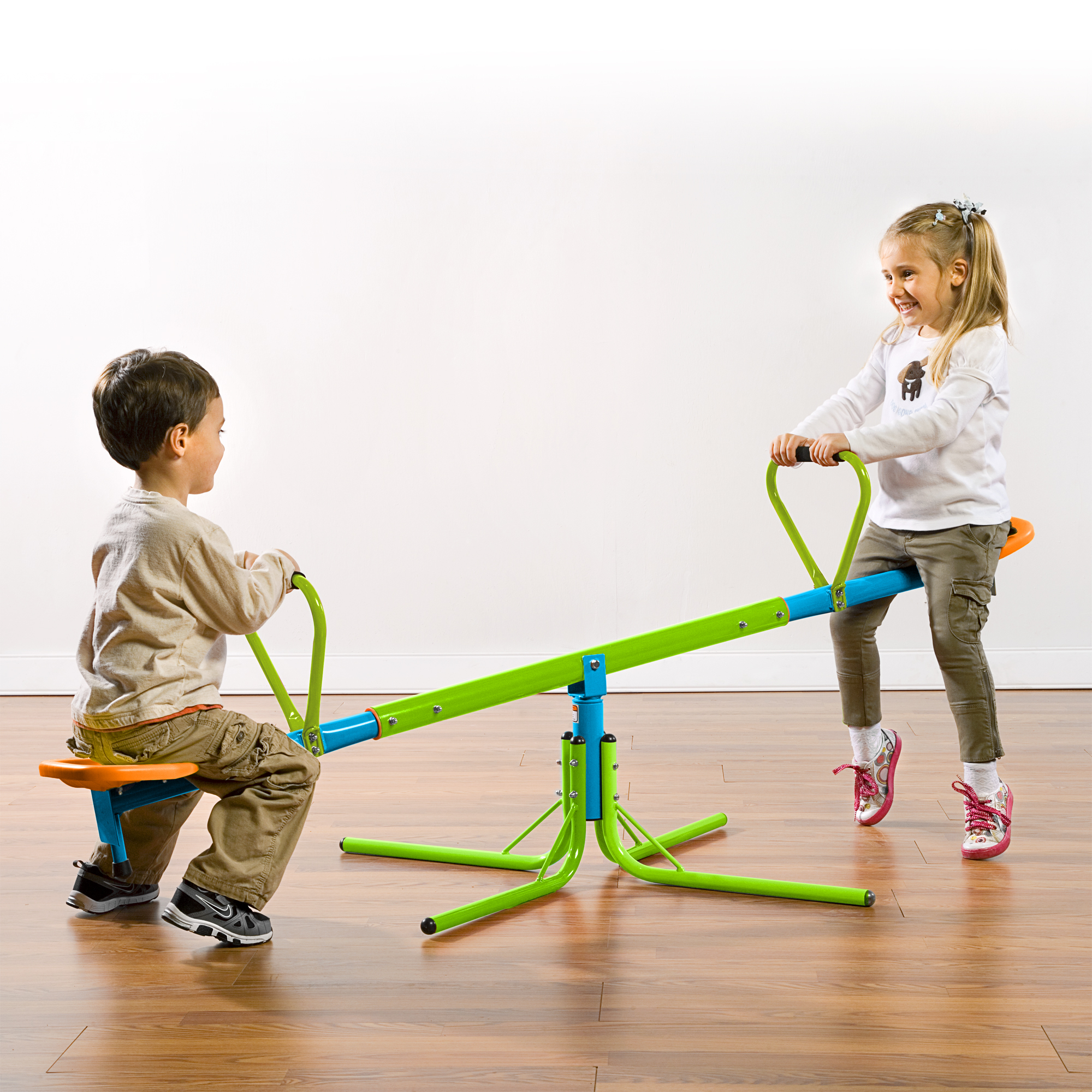 Kids Seesaw Teeter Totter Pure Fun 360-Degree Swivel