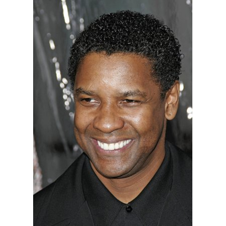 Stretched Canvas Art - Denzel Washington At Arrivals For Los Angeles Premiere Of American Gangster - Medium 16 x 20 inch Wall Art Decor Size.