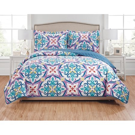Hannah 3-Piece Reversible Quilt Set - Queen ()