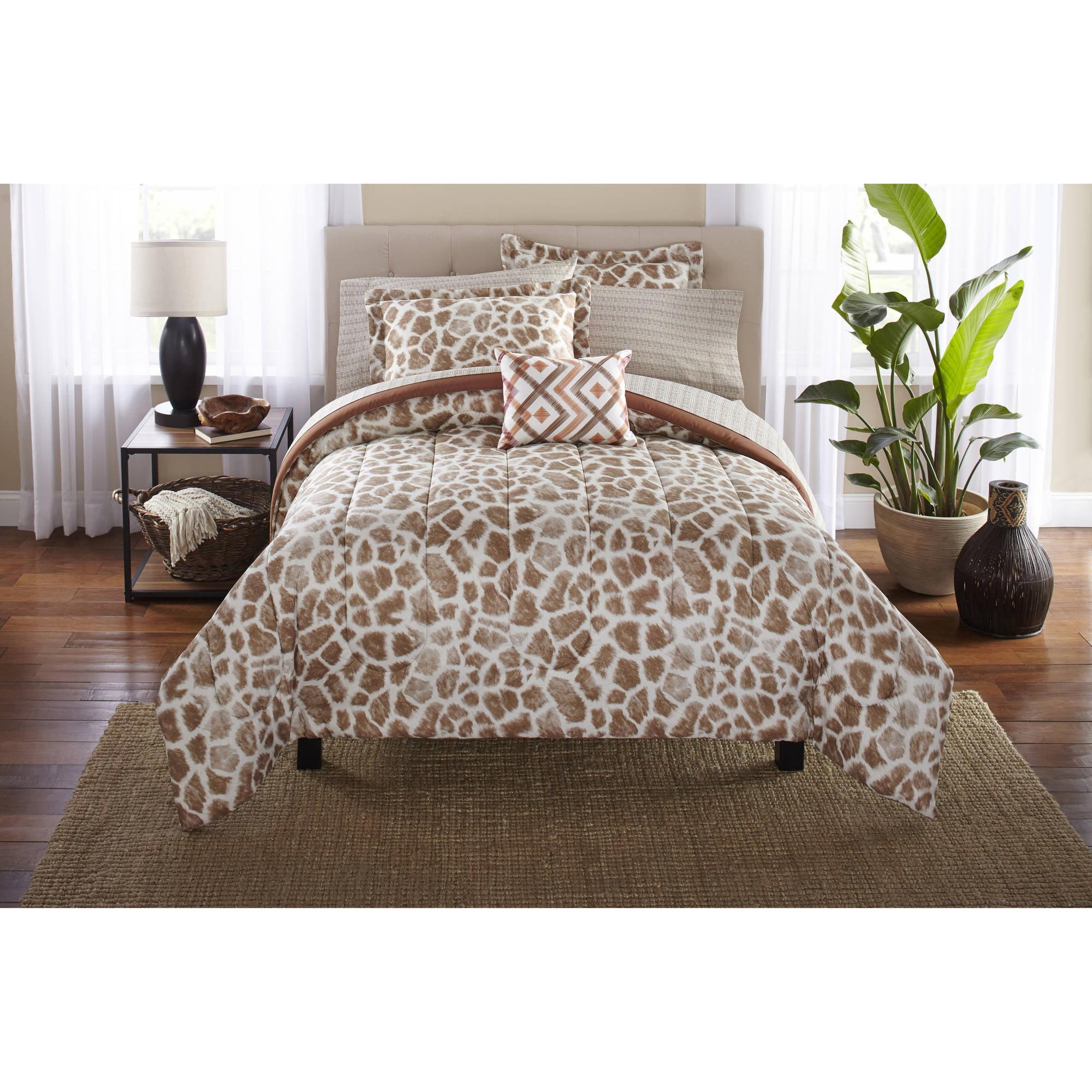 Mainstays Bed in a Bag Bedding Comforter Set, Giraffe