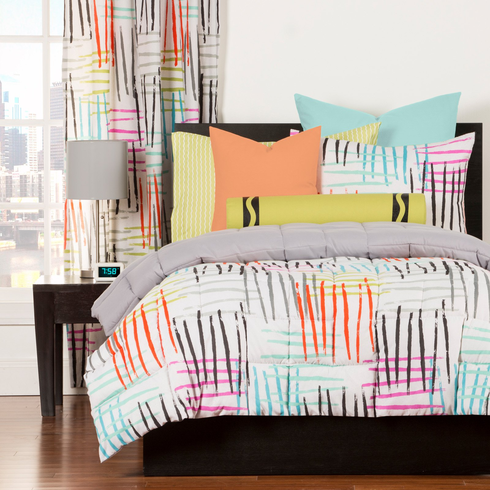 Stroke of Genius Duvet Set by Crayola