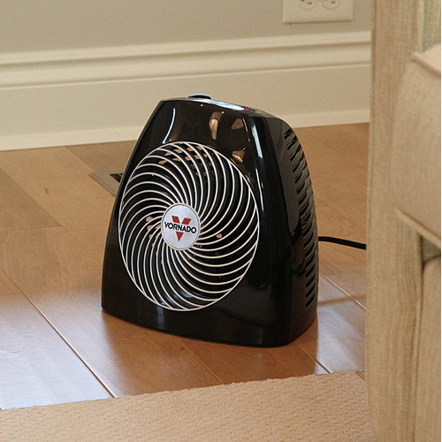 Vornado 1,500 Watt Portable Electric Fan Compact Heater with Adjustable Thermostat