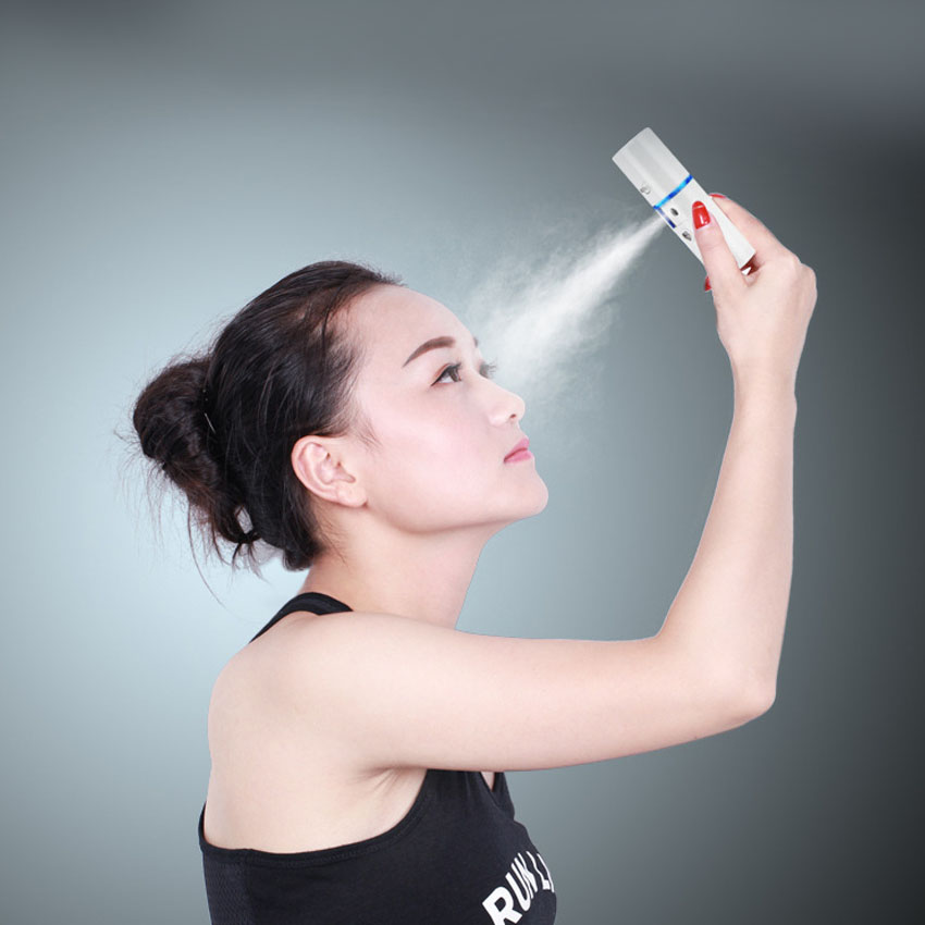 Lady Portable Facial Steamer Ultrasonic Nano Ionic Hot & Cool Mist Moisturizing Face Steamer Sprayer ,20ML Water Tank