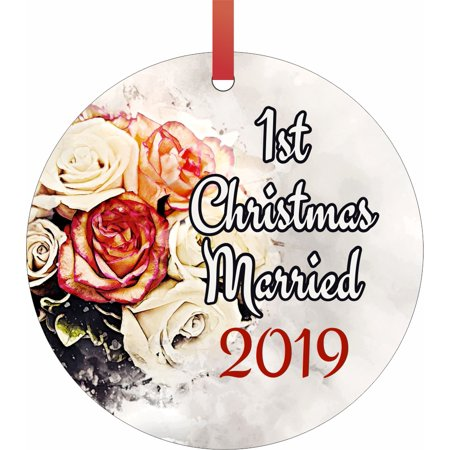 Ornament Newlyweds 1st Christmas Married 2019 1st Round Shaped Flat Semigloss Aluminum Christmas Ornament Tree Decoration ()