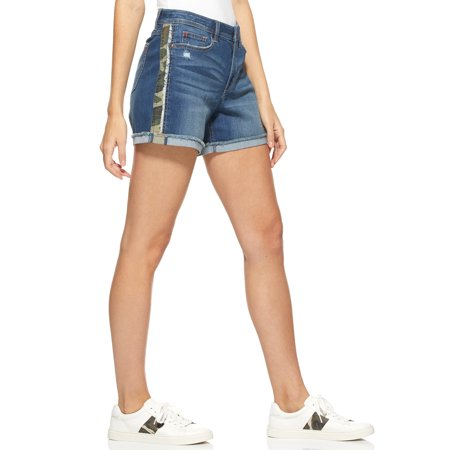 EV1 from Ellen DeGeneres Alex Camo Side Stripe Shorts Women's Snow Camo Shorts