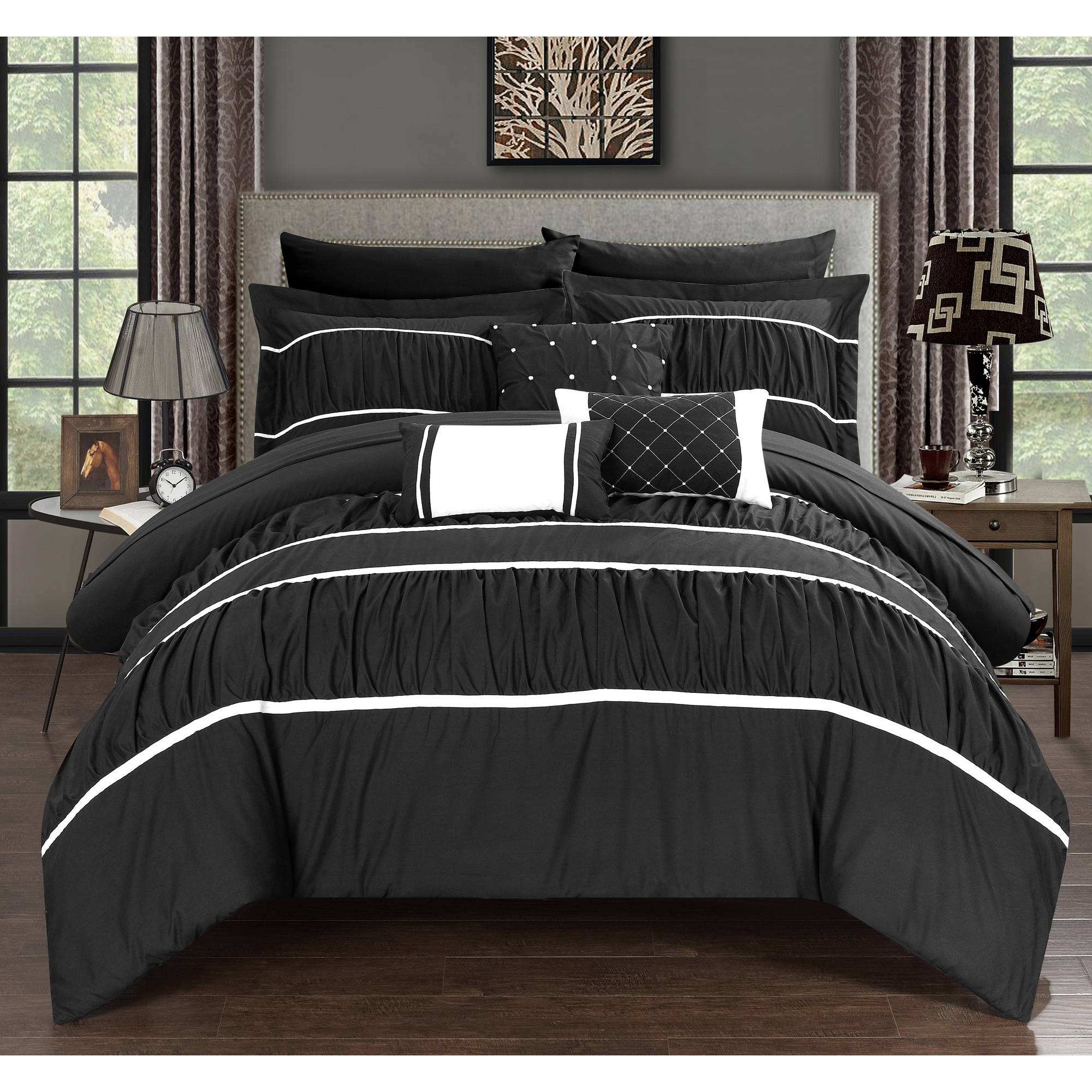 Wanda 10-Piece Wanda Bed in a Bag Bedding Comforter Set