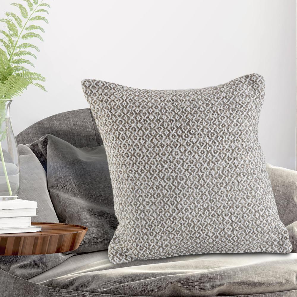 LR Home Diamond Intertwining Navy / White 18 inch Standard Decorative Throw Pillow