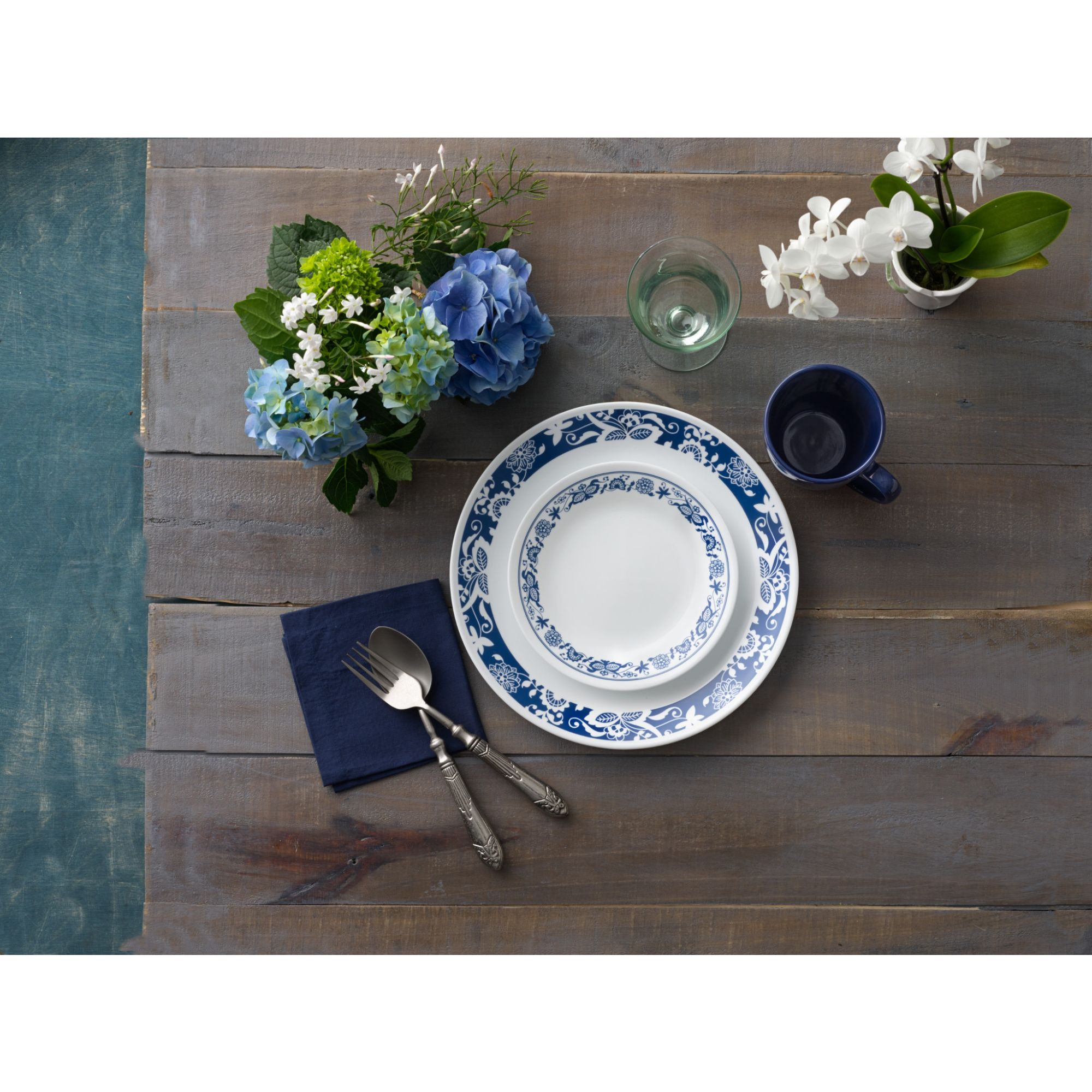 Corelle 16-Piece Livingware True Blue Dinnerware Set