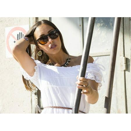 Canvas Print Woman Sunglasses Sensolatino Girl Beautiful Woman Stretched Canvas 10 x (Sunglasses For Sale Poster)