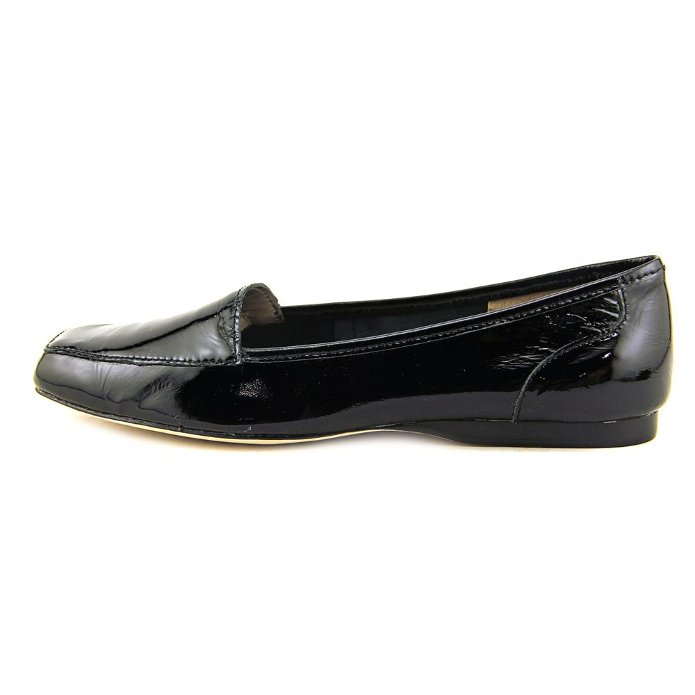 Array Freedom  W Square Toe Patent Leather  Loafer