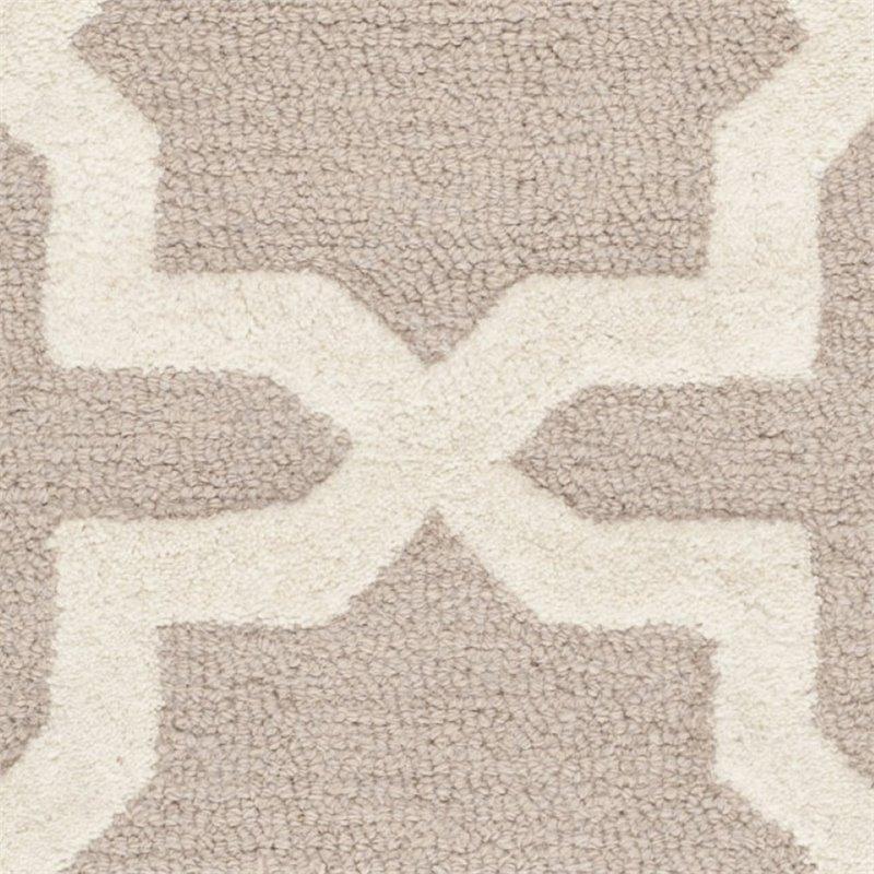 Safavieh Cambridge 8' X 10' Hand Tufted Wool Rug in Beige and Ivory - image 1 de 3
