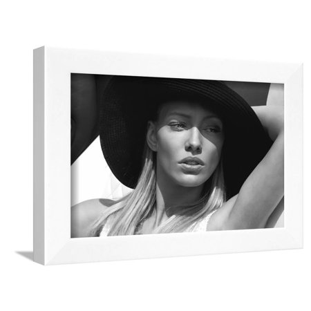 Black and White Portrait of Beautiful Delicate Woman Framed Print Wall Art By kiuikson Black White Portraits Women