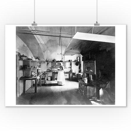 The White House Kitchen Photograph (9x12 Art Print, Wall Decor Travel Poster)