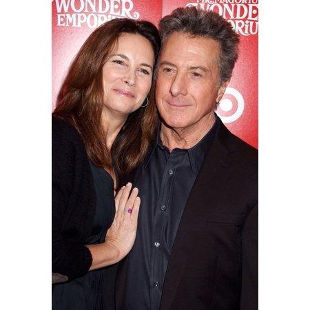 Lisa Hoffman Dustin Hoffman At Arrivals For The New York Premiere Of Mr MagoriumS Wonder Emporium Dga DirectorS Guild Of America Theatre New York Ny November 11 2007 Photo By Rob RichEverett Collectio - Halloween Emporium