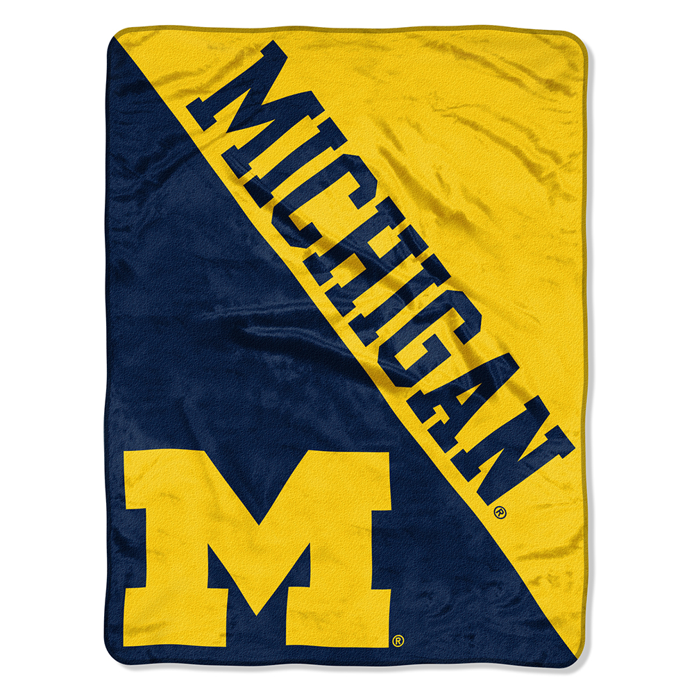 "NCAA Michigan Wolverines ""Halftone"" 46""x 60"" Micro Raschel Throw"