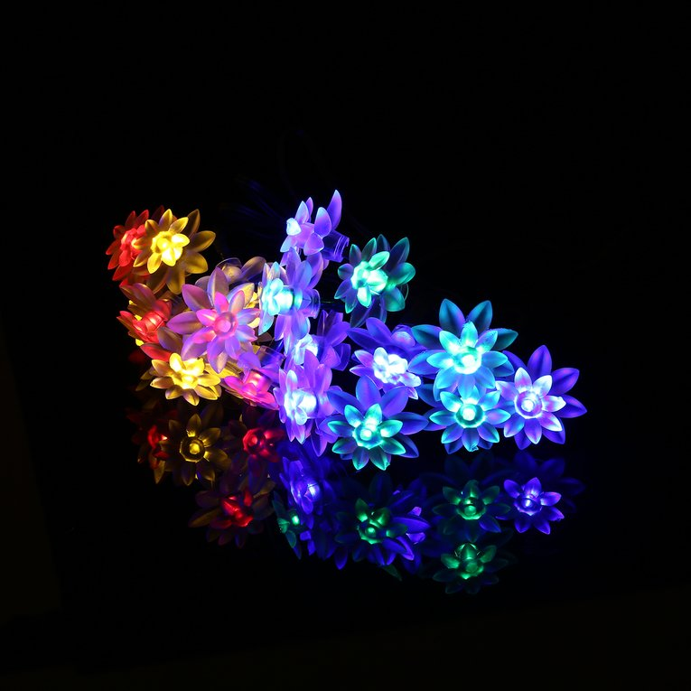 Light Post 20 Led Lotus Shaped Fairy Light String With Solar Panel Outdoor Decoration