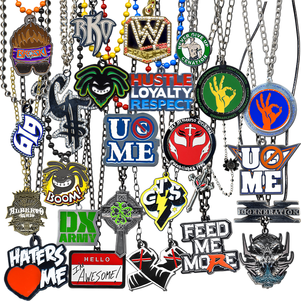 WWE ULTIMATE 25 Piece Jewelry Pendant Deal
