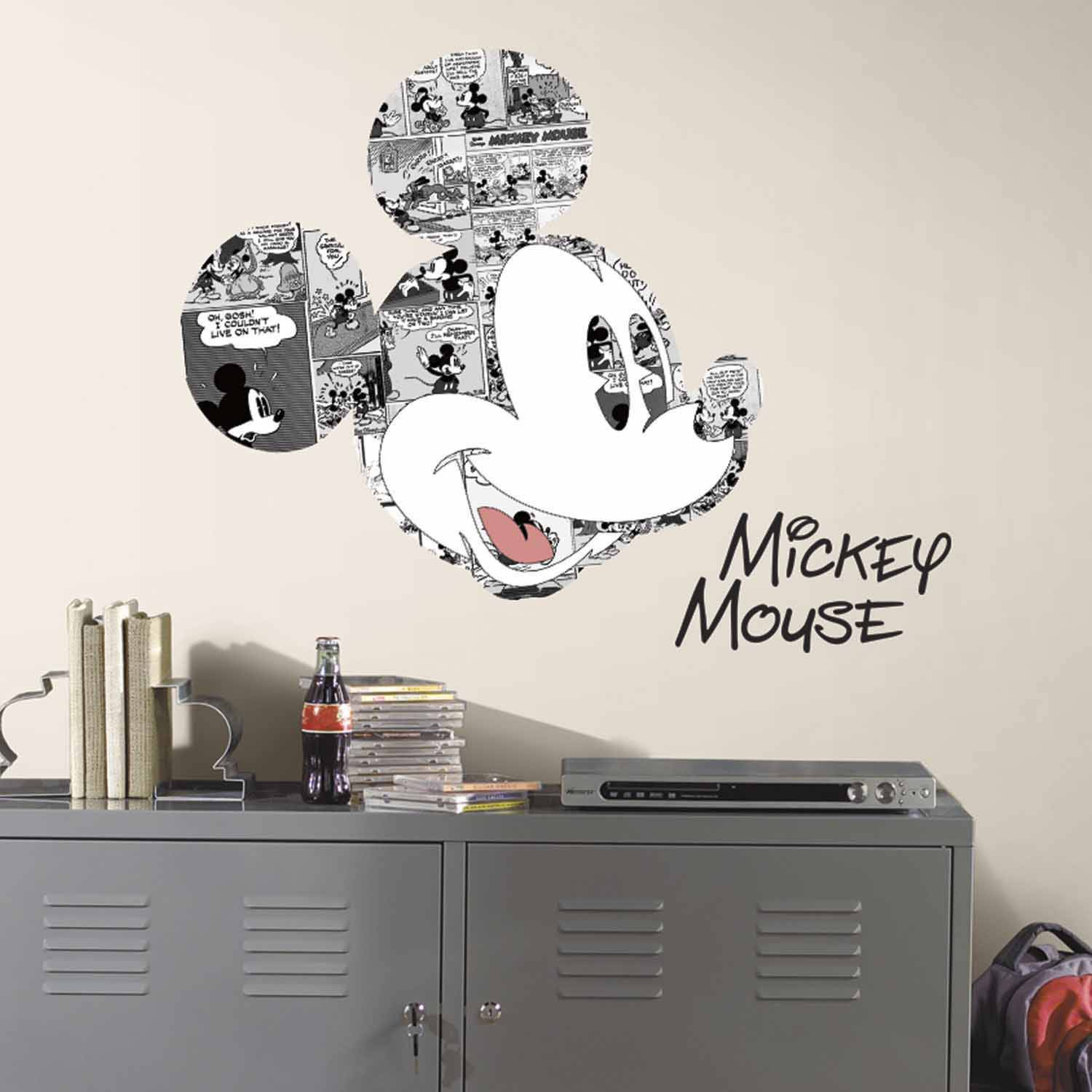 RoomMates Mickey Mouse Comic Peel and Stick Wall Graphic