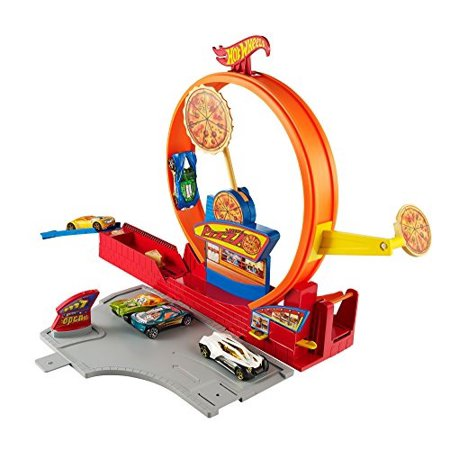- Hot Wheels Pizza City Track Set