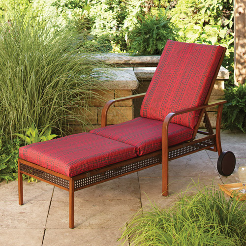Delightful Hometrends Outdoor Chaise Cushion, Red Rush Reed