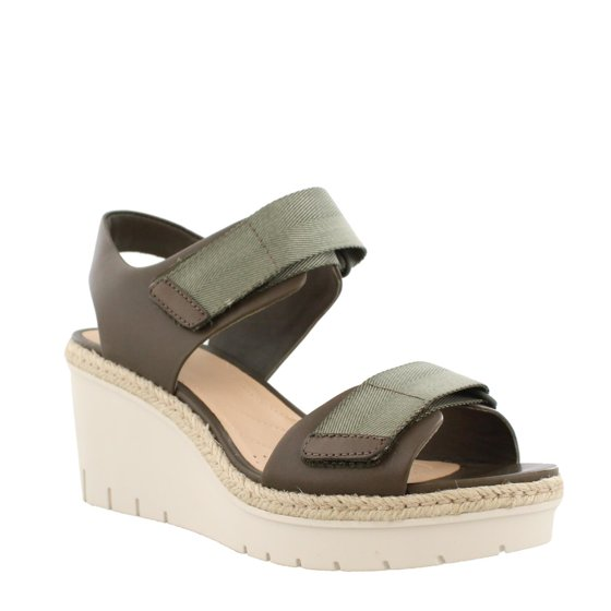 c9b90fe8665 women's clarks palm shine wedge sandal