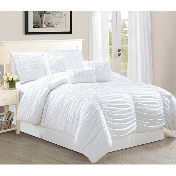 Tufted Ruffle Comforter Bedding Set