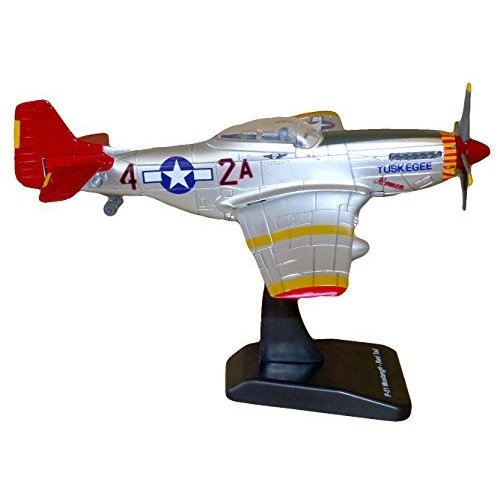 World War II Replica Fighter Air Planes ClassicAircraft P-51D Red Tails 1:48