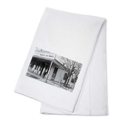 Jacksonville, Oregon - Exterior View of Oldest Bank Bldg in Oregon (100% Cotton Kitchen Towel)