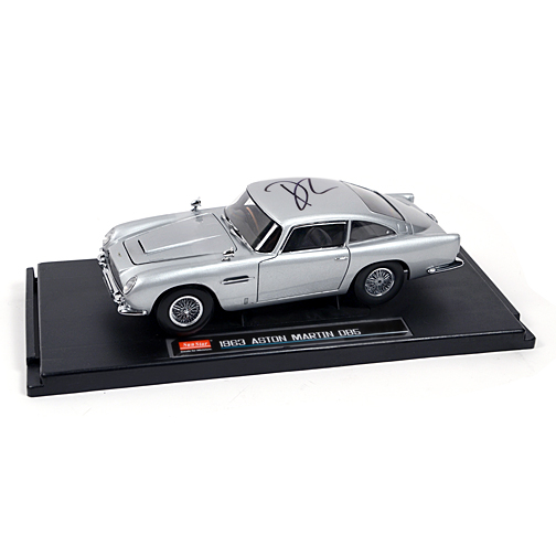 Daniel Craig Autographed James Bond Aston Martin DB5 1:18 Scale Die-Cast Car