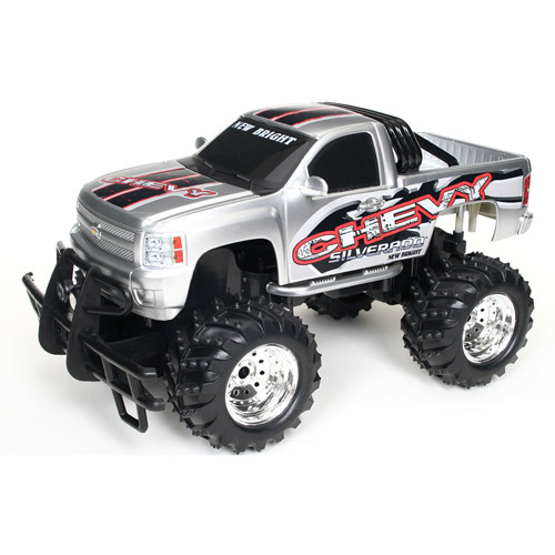 New Bright 1:14 Radio-Control Full-Function Chevy Silvera...