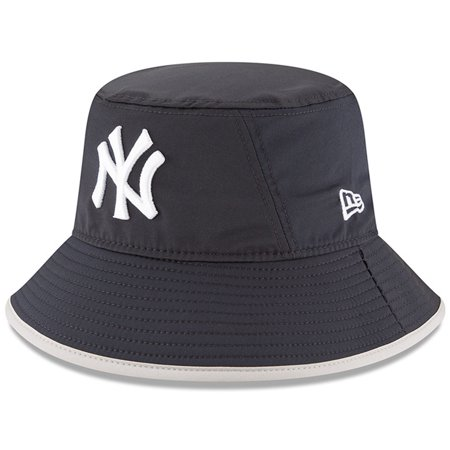 beb4e5c761422 New York Yankees New Era Clubhouse Collection Bucket Hat - Navy ...