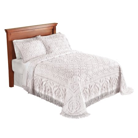 (Victoria Plush Chenille Ring-Style Fringe Lightweight Bedspread, Full, Ivory)