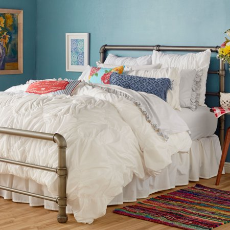The Pioneer Woman Ruched Chevron Duvet Cover, White Full/Queen ()