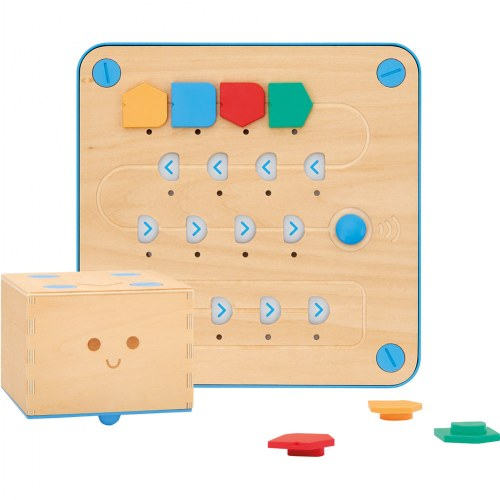 Primo Cubetto Children's Programmable Robot Playset (20 Pieces) by Primo Toys