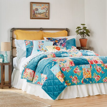 The Pioneer Woman Pioneer Patchwork Quilt (Country Quilts King Size)