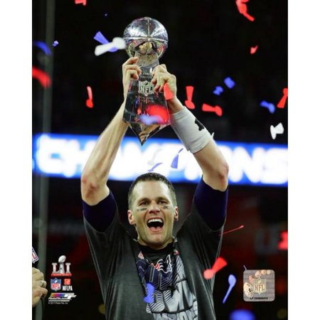 Tom Brady with the Vince Lombardi Trophy Super Bowl LI Photo - Lombardi Trophy